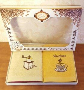 Подарочный набор махр. полотенец.