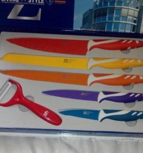 Продам подарочный набор ножей.