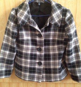 Стильное пальто-пиджак