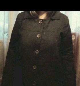 Пальто.размер 54-56