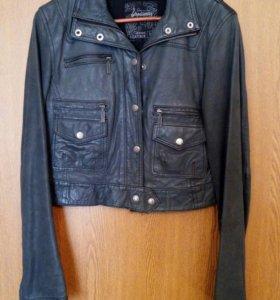 Куртка женская, кожа