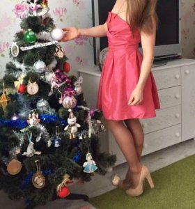 Платье на праздничное , выпускное