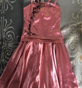 Платье на девочку 40-42р