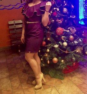 Платье вечернее , нарядное