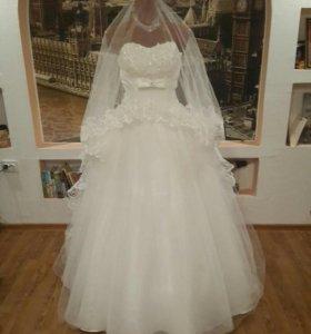 Свадебное платье, новое, размер от 42 до 48