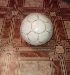 Мячь натуральный кожанный