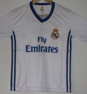 Футбольная форма(футболка и трусы)