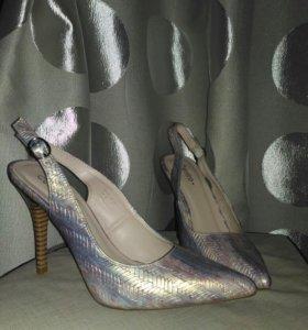 Туфли новые,но без коробки