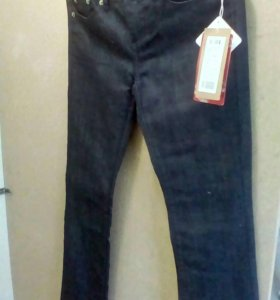 Брюки и джинсы новые