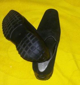 Замшевые черные туфли/LUCCA/