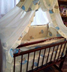 Кроватка-качалка детская