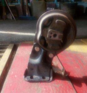 Подушка двигателя ВАЗ 2109