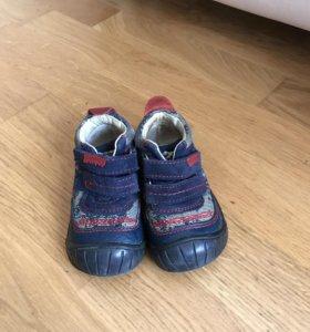 Демисезонные ботинки 20 размер