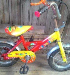 Велосипед детский,диаметр колес 12