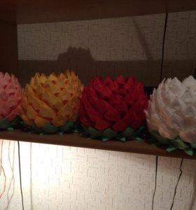Салфетница из салфеток. Цветы из салфеток.