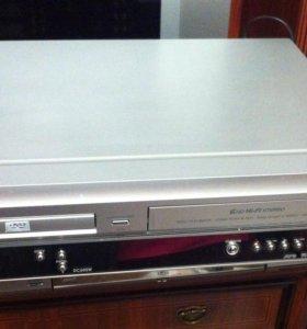 Dvd плеер + vhs (ДУЭТ) LG DC600W