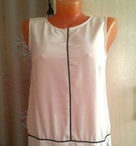 новая блузка 42 в наличии