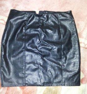 Юбка новая H&M из эко-кожи