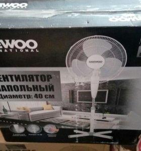 Вентилятор напольный новый