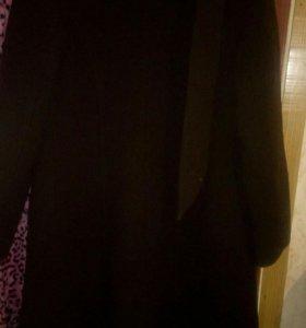 Пальто коричневый размер 42-44 на осень весна