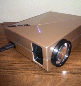Проектор LCD GM60