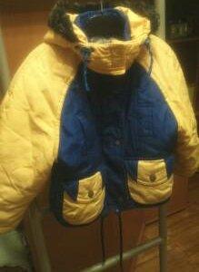 Детская куртка и штаны к ней