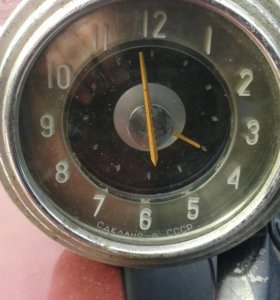 Электроные часы с ГАЗ -21