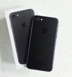 Продам Айфон 7 32 г