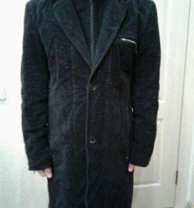 Пальто мужское + 2 мужских плащя.