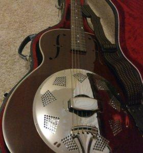Гитара кантри с футляром