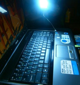 Гибкий светильник для компьютера
