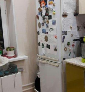 Холодильник Samaung