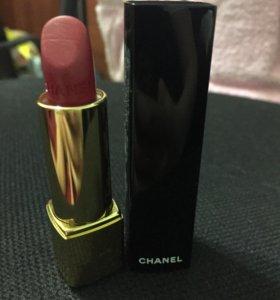 Помада Chanel