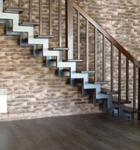 Мкталлокаркас для лестниц