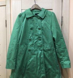 Плащ H&M зелёный 170/92а