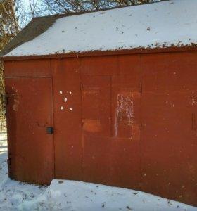 Металический гараж-бытовка