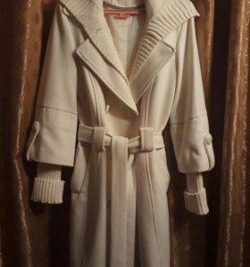 Пальто(турция),цвет кремовый,мягкий кашемир.