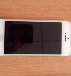 Продам iPhone 5 на 16гб