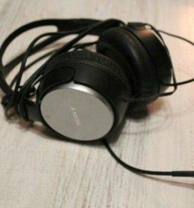 Новые мониторные наушники Sony MDR