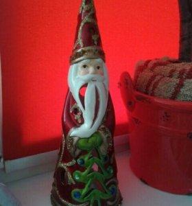 Дед мороз -подсвечник внутри свеча, фарфоровый