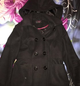 Продам срочно короткое Пальто