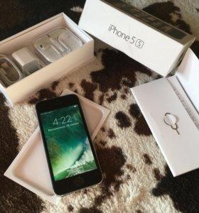 iPhone 5s/16Gb идеальное состояние
