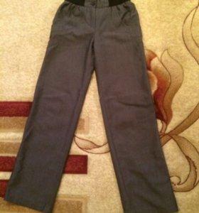 Школьные брюки на резинке для девочки