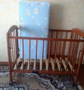 Кроватка детская с ортопедическим матрацом