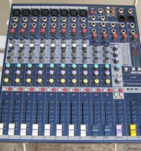 Микшерный пульт Soundcraft EFX8