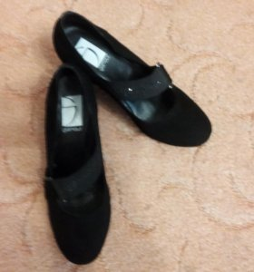Женские туфли. Замша 39 р. Италия