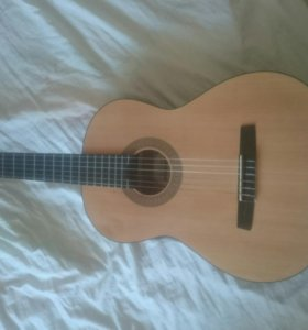 Гитара HOHNER HC-06+ Чехол