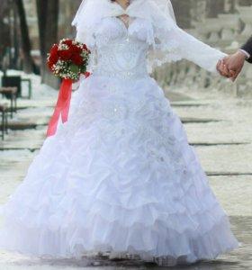 Свадебное платье, шубка, туфли (38), перчатки