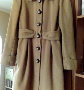 Пальто фирмы naf-naf