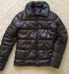 Весенняя куртка 42-44 размер